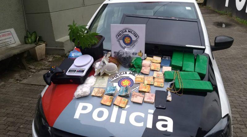 POLÍCIA MILITAR APREENDE ENTORPECENTES EM UBATUBA- SP