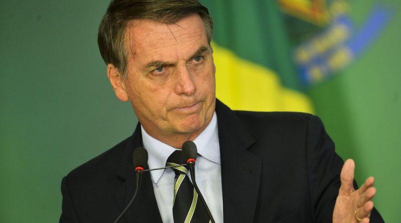 Presidente Bolsonaro anuncia o fim do Horário de Verão