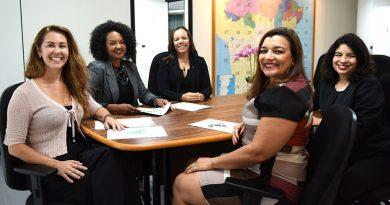 Com experiência em educação, mulheres atuam no comando das escolas cívico-militares