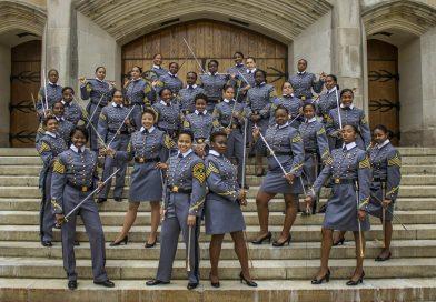 Academia militar nos EUA tem maior número de formandas negras em toda a história