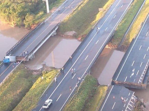 Ponte cede e interdita BR-101 para o sul de Santa Catarina