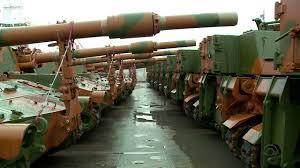 Tanques do Exército chegam ao porto de Rio Grande; artilharia irá para Santa Maria e Curitiba