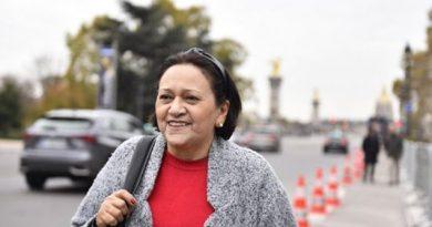 """Turismo às custas do povo pobre"""", diz Zé Dias sobre viagem de Fátima à Europa Fonte: Portal Grande Ponto"""