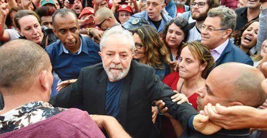 CCJ deve mandar de volta o bandido Lula para cadeia, sessão já foi marcada para segunda
