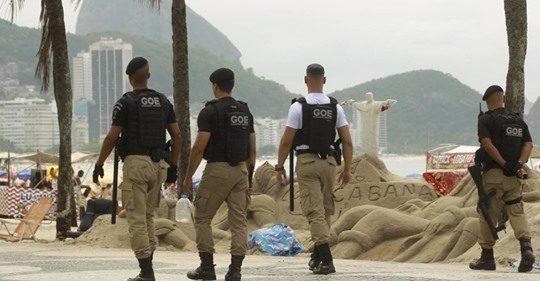COM UM EFETIVO ENORME, A GUARDA DO RIO DE JANEIRO PRECISA SER ARMADA