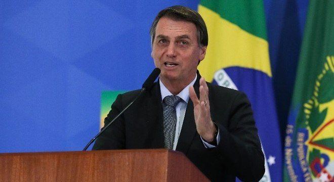 Bolsonaro diz que Brasil vai dar a volta por cima e entrar no 1º Mundo