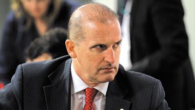 Glamourização de bandido não é novidade', diz ministro da Cidadania, Onyx Lorenzoni