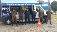 Guarda Municipal de Curitiba (PR) e Exército reforçam orientações contra a covid-19 (vírus chinês)