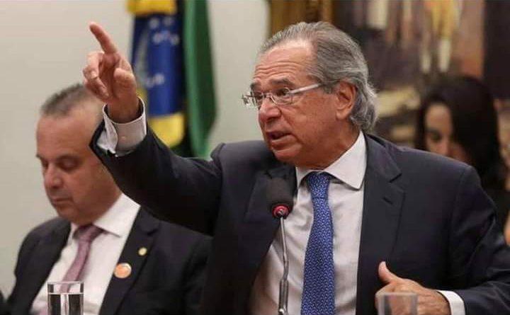 Ministro Paulo Guedes age certo no mercado financeiro e quita dívida interna de R$ 500 Bi