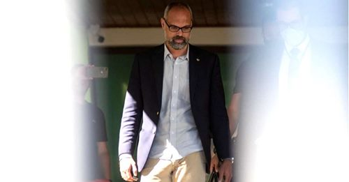 Fora do país, seguro e bem informado, Allan dos Santos vira inesgotável fonte de denúncias