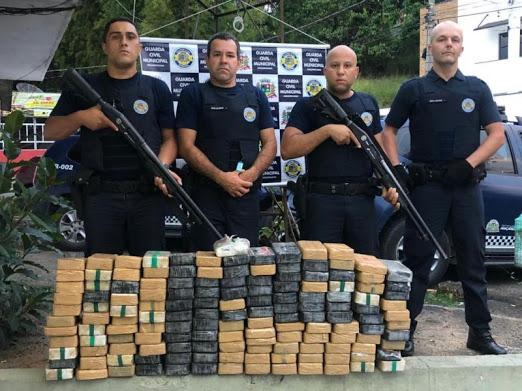 Guarda Civil 150 kg de pasta base de cocaína