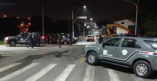 Criminoso morre baleado pela ROTA após roubo a mercado em Bragança Paulista