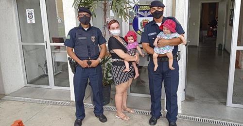 Guardas salvam a vida de uma idosa e de um bebê