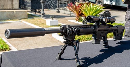ROTA recebe fuzis AR-10